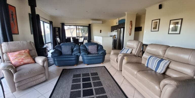Chill n Sea lounge