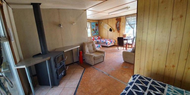 lobster shack living area 4
